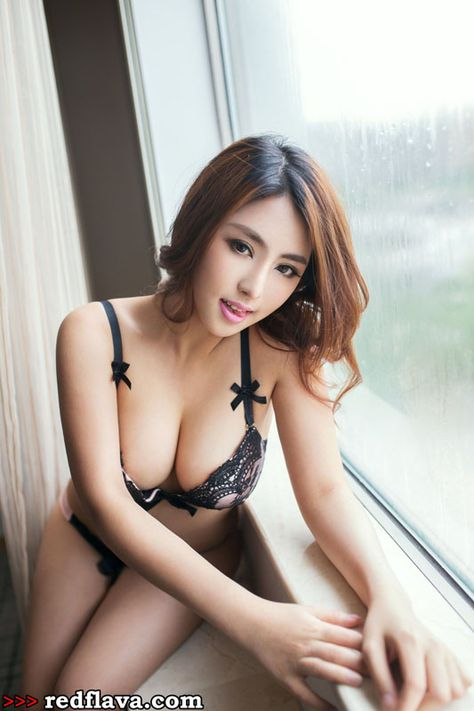 Sexy desire strip club asian porn star