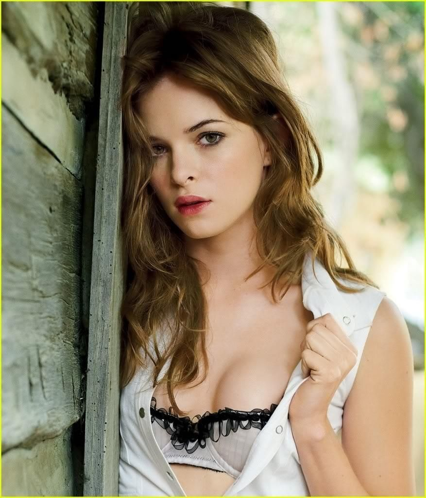 Flashing tits not the danielle panabaker dating photo 2
