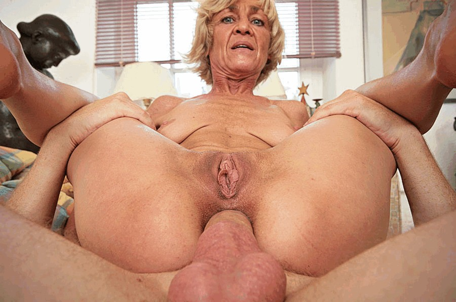 Homemade big clit blonde